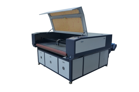 China Fabric Laser Cutting Engraving Machine , Laser Sheet Cutting Machine supplier