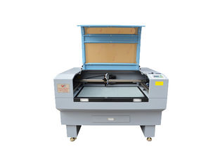 China RD Control Laser Cutting Machine 60w , Customized 60w CO2 Laser Cutter supplier